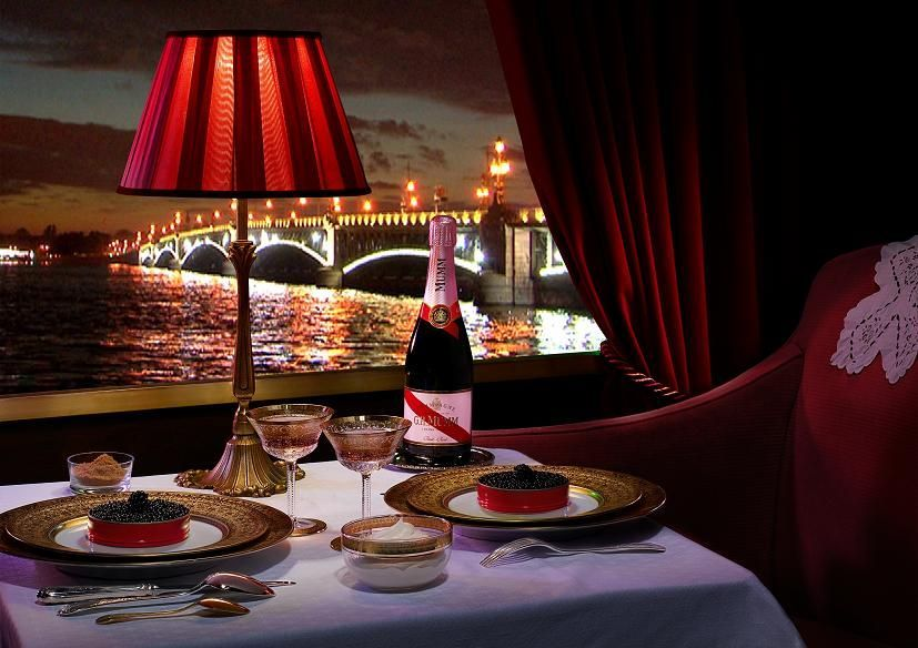 paris romantico cena